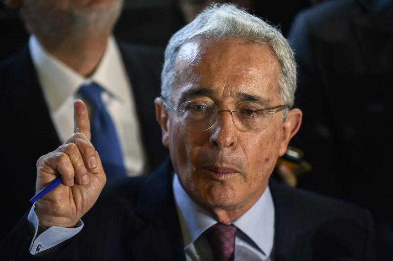 Álvaro Uribe habló de que equipo es hincha en Colombia   La FM