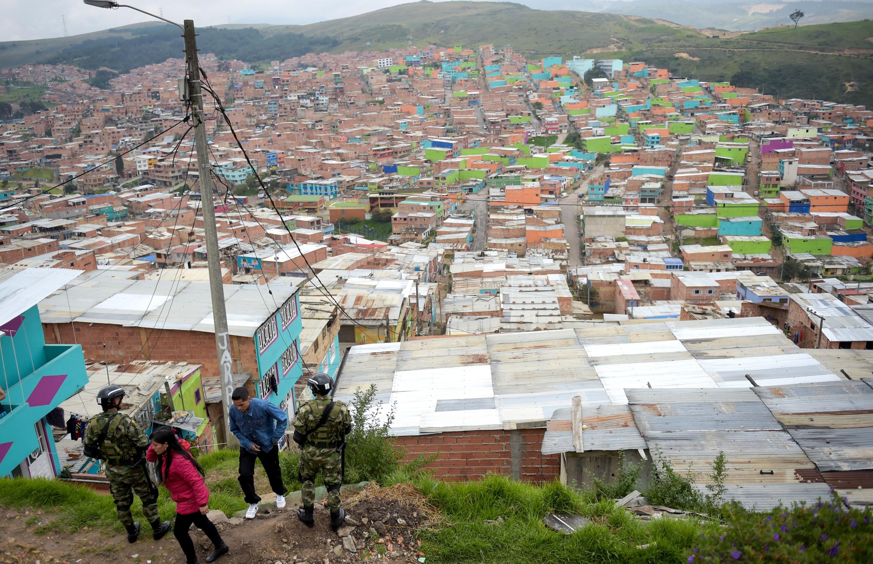 Refuerzan seguridad en la localidad de Ciudad Bolívar por temporada decembrina - La FM