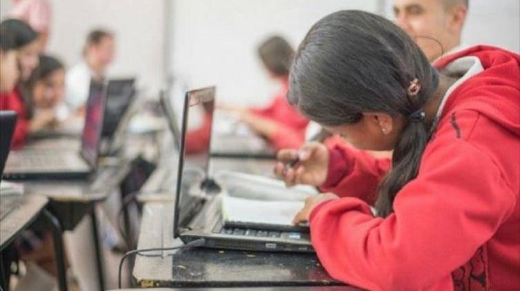 Ministerio de Educación: Colegios públicos, a vacaciones a partir de hoy | La FM