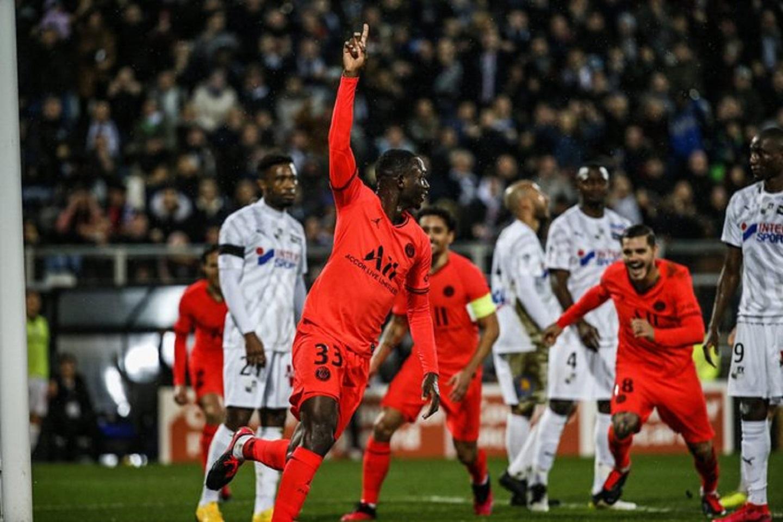PSG empató 4-4 contra Amiens   La FM