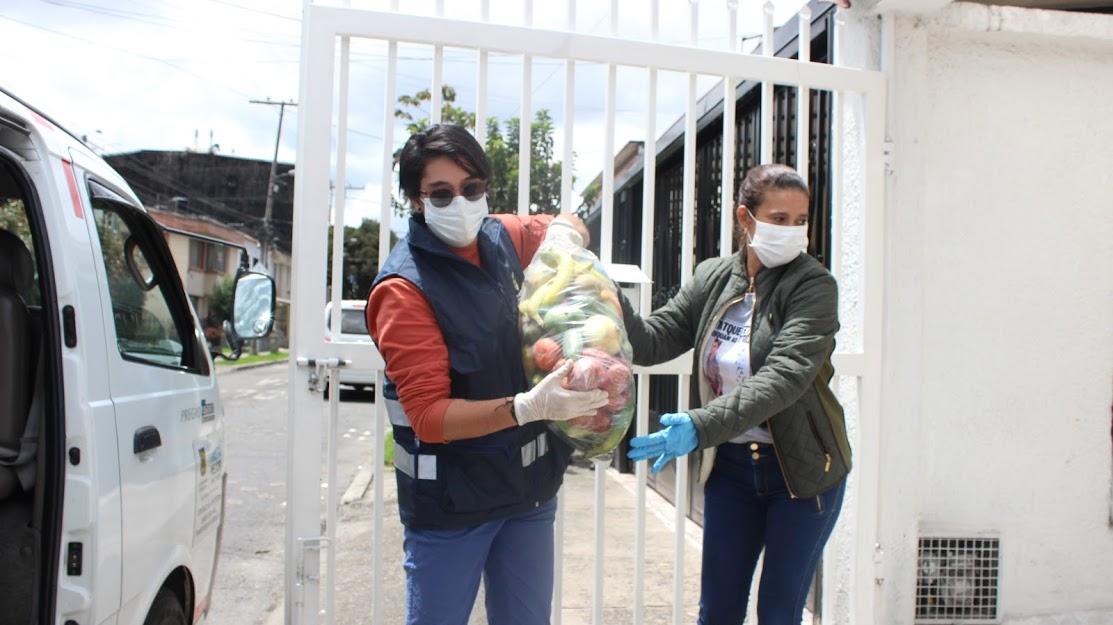 Alcaldía de Bogotá ha entregado más de 3.000 millones de ayudas en comida   La FM