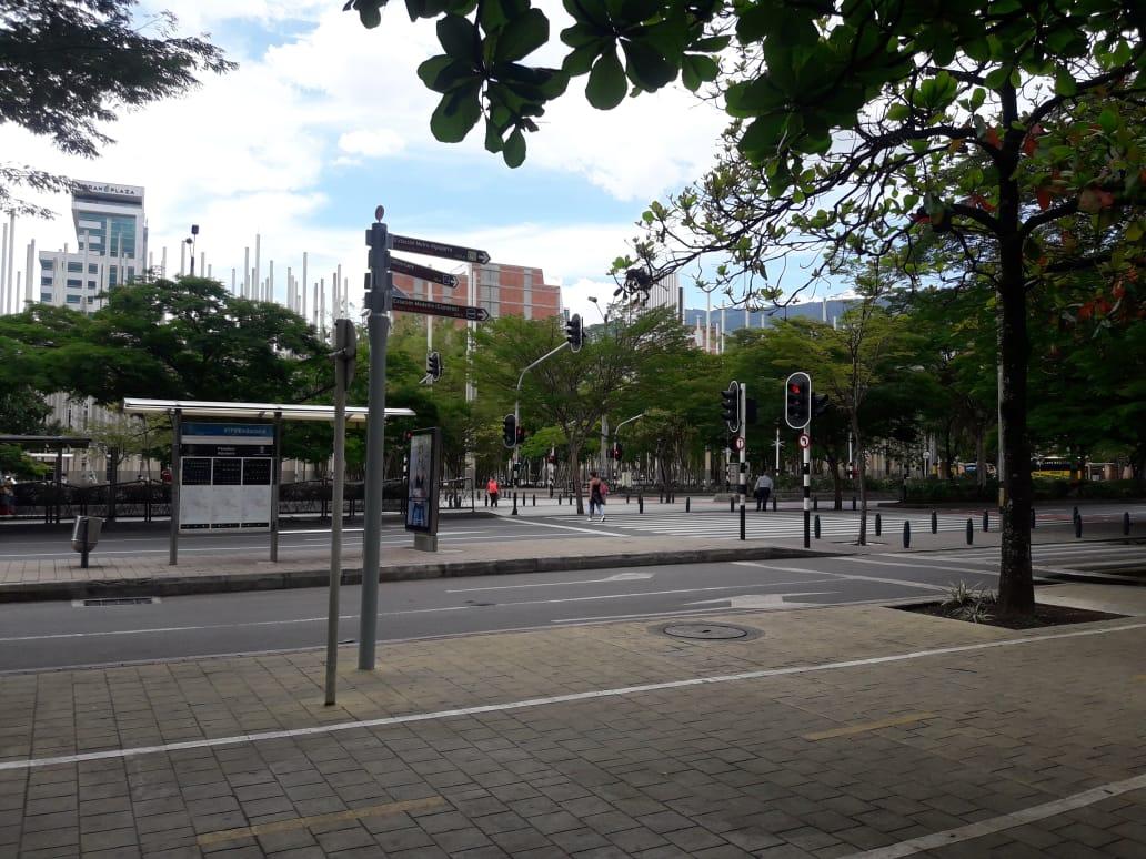 En Dia De La Madre Habra Toque De Queda En Medellin La Fm