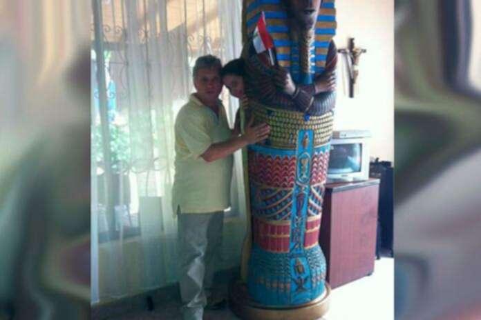 Ramsés Escobar, el notario de Chigorodó que pide ser enterrado como un  faraón egipcio | La FM