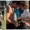 VIDEO mujer hace propuesta de matrimonio a novio