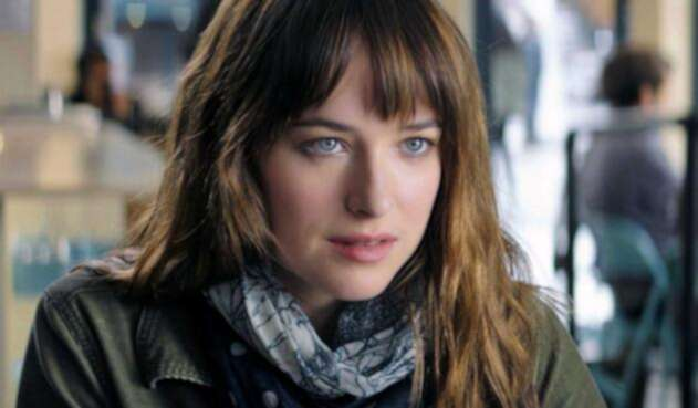 1280_dakota_johnson_anastasia_steele_FiftyShades.jpg