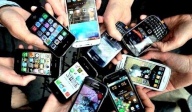 1393238-smartphonesafp-1493124001-354-640x480.jpg