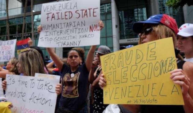 Venezolanos califican como fraude las elecciones en su país