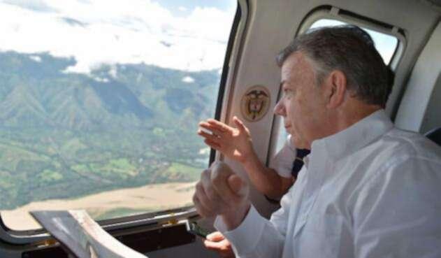 Santos realizó este martes un sobrevuelo en helicóptero por los municipios ubicados en la zona de influencia de Hidroituango en Antioquia