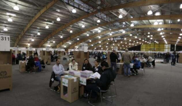 Corferias es el centro de votación más grande del país, donde se encuentran instaladas más de 600 mesas / Colprensa