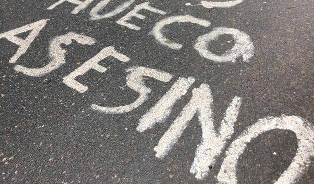 Los huecos en las vías han causado cientos de accidentes y muertes