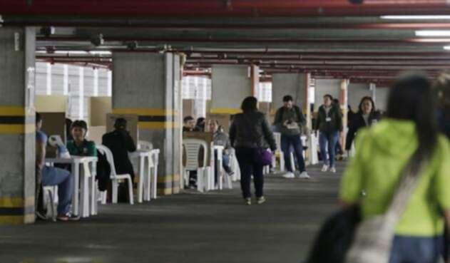 Punto de votación en Unicentro, Bogotá, durante la primera vuelta de las elecciones presidenciales 2018 / Colprensa