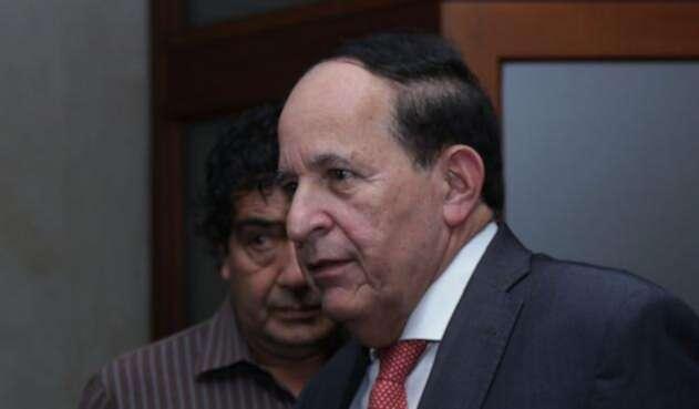 Exsenador Álvaro Ashton