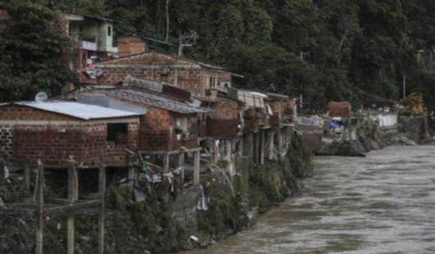 Barrio destruido después de ser inundado por el río Cauca en el municipio de Puerto Valdivia
