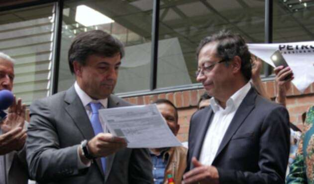 Juan Carlos Galindo y Gustavo Petro
