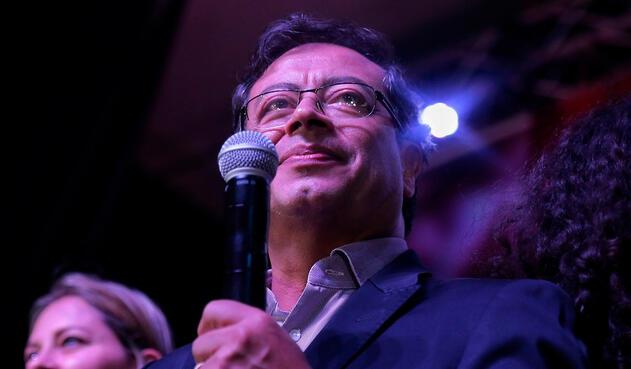 Gustavo Petro, candidato presidencial, luego de obtener el segundo lugar en las elecciones presidenciales, en Bogotá