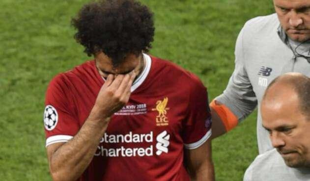 Mohamed Salah llorando por su salida prematura en la final de Champions / AFP
