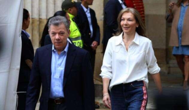 El presidente Santos junto a su esposa María Clemencia Rodríguez de Santos