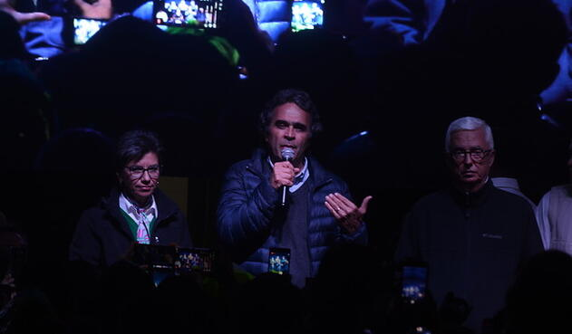 Claudia López, Sergio Fajardo y Jorge Robledo en Bogotá, al término de las elecciones del 27 de mayo de 2018