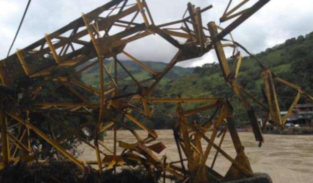 Daños en Puerto Valdivia luego de fallas en Hidroituango