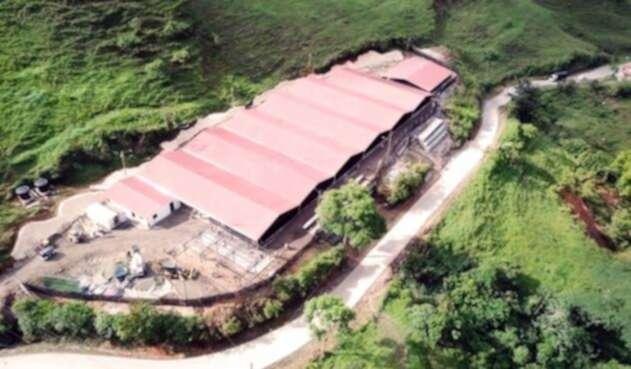 Mega albergue para familias afectadas por emergencia en Hidroituango.