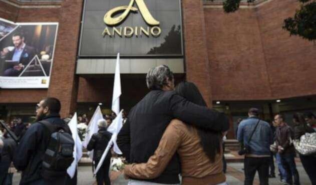 La embajada francesa hoy conmemoró un año del atentado en el Centro Comercial Andino
