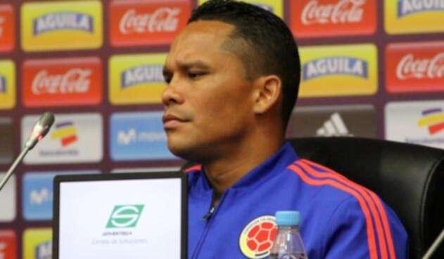 Carlos Bacca en rueda de prensa