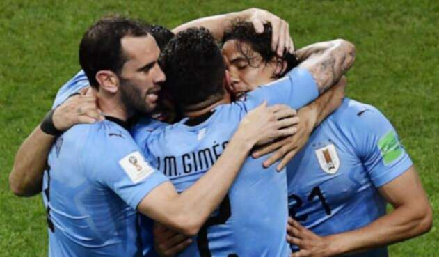 Édinson Cavani celebra el gol primer de Uruguay ante Portugal