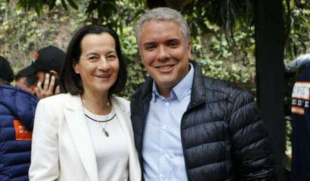 Clara Rojas llegó a la campaña de Iván Duque