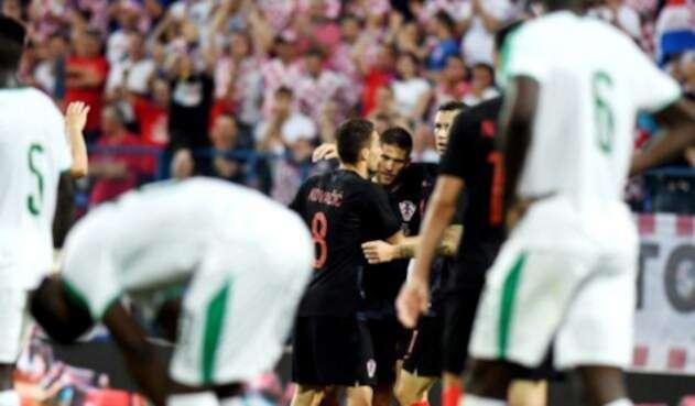 Croacia celebrando el triunfo ante Senegal en el estadio croata Gradski Vrt de Osijek