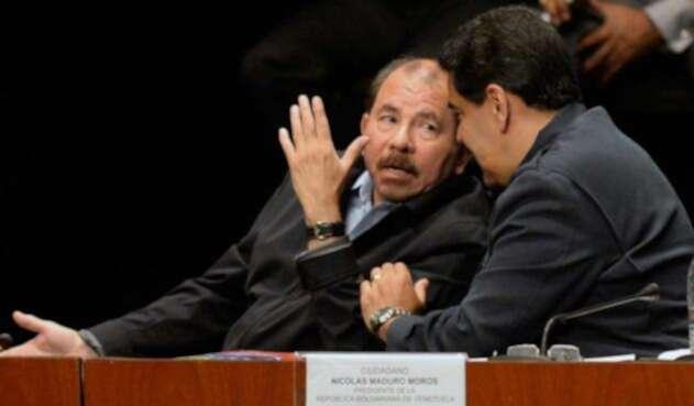 Daniel Ortega y Nicolás Maduro, presidentes de Nicaragua y Venezuela, respectivamente, el 5 de marzo de 2016 en Caracas