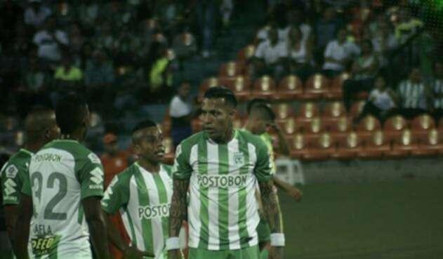Dayro Moreno hizo el primer gol en la tanda de penales