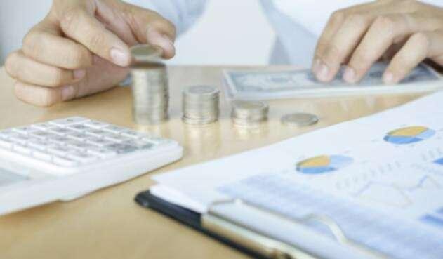 El ahorro es la clave para salir de deudas