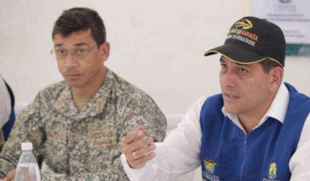 Dumek Turbay en rueda de prensa