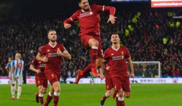 Emre Cam celebrando un gol con el Liverpool