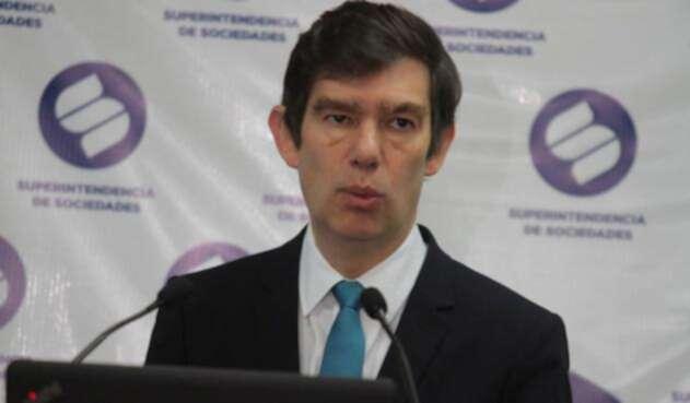 Francisco Reyes Villamizar, superintendente de Sociedades, en Bogotá