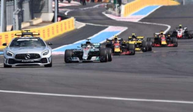 Los pilotos en el circuito Paul Ricard de Francia