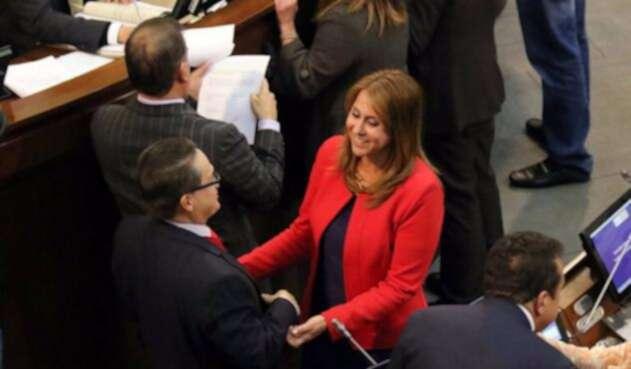Griselda Janeth Restrepo, ministra de Trabajo, en el debate sobre Cajas de Compensación Familiar que se adelantó en el Senado de la República