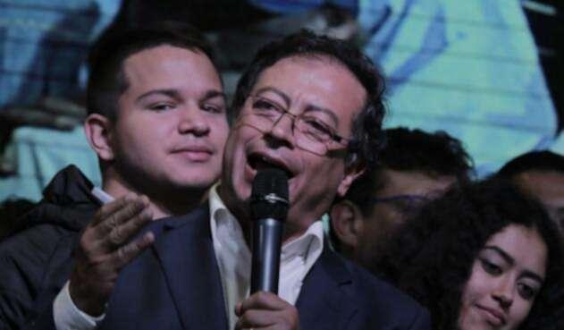 Gustavo Petro hizo un mordaz ataque a Uribre por la JEP