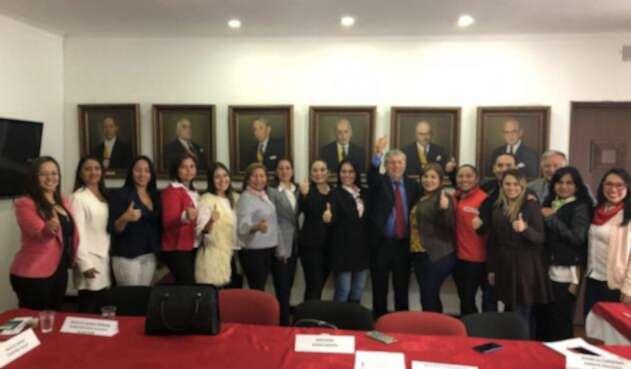 Mujeres del Liberalismo se alinean con Gaviria para apoyar a Duque