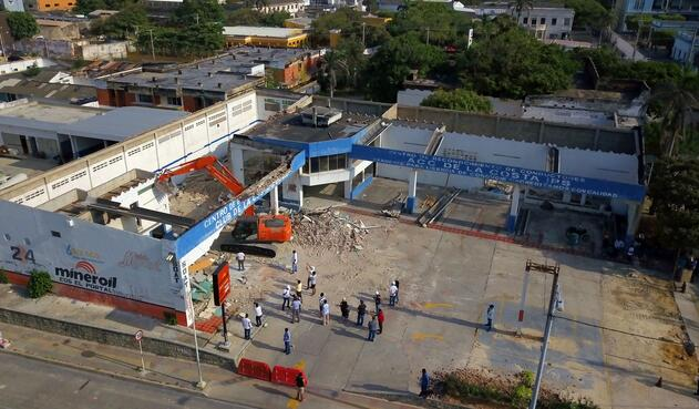 Trabajo de ampliación de Plaza de la Paz de Barranquilla