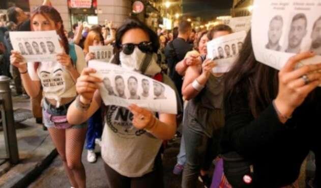 Multitudinarias protestas por el caso 'la manada' en España.