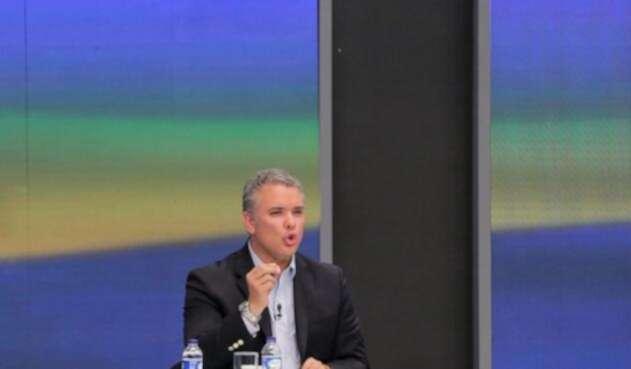 El candidato Iván Duque en el debate organizado por Noticias RCN, el 19 de abril de 2018, en Bogotá