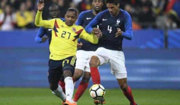 José Izquierdo ante Francia en amistoso
