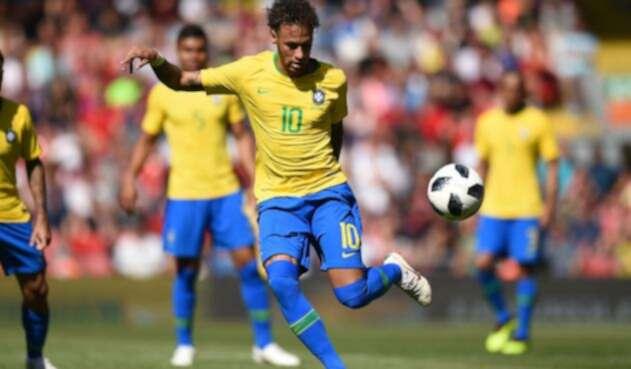 Neymar con la selección de Brasil
