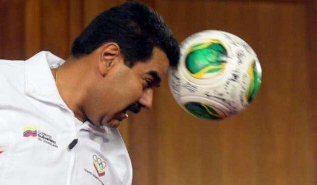 Nicolás Maduro, presidente de Venezuela, debe afrontar duros líos de inflación