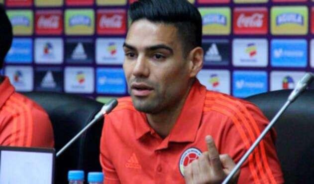Radamel Falcao en rueda de prensa