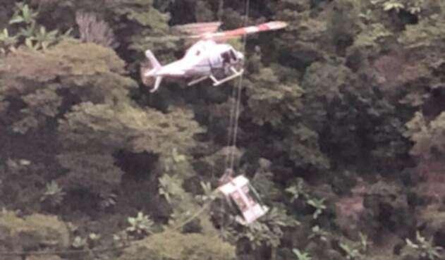 Rescate de personas atrapadas en Metrocable de Medellín.