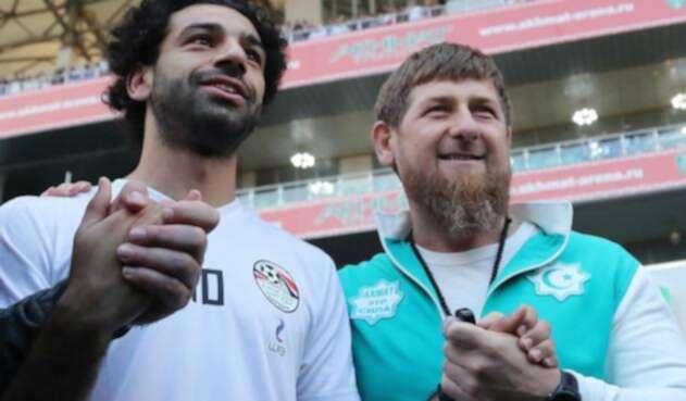 Mohamed Salah junto a Ramzan Kadirov.