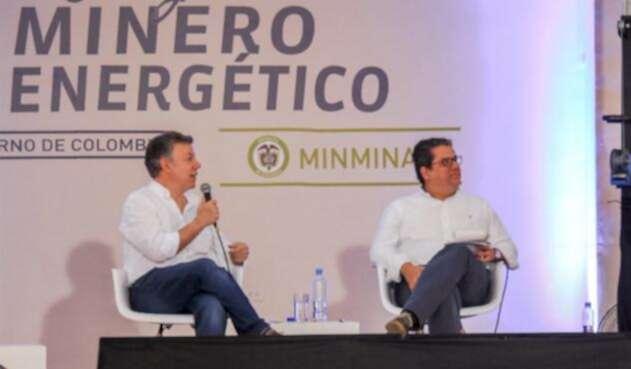 El presidente Juan Manuel Santos estuvo en el acto inaugural de la línea energética Cauca - Nariño junto al ministro Germán Arce