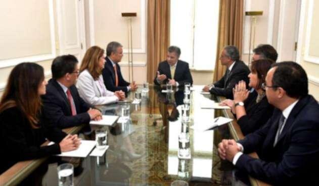 Foto reunión Santos y Duque
